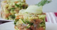 Składniki: 200 g łososia wędzonego 1 awokado zielony ogórek Cantaloupe, Potato Salad, Appetizers, Potatoes, Fruit, Ethnic Recipes, Christmas, Women, Per Diem