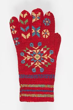 muis.ee- kinnas; Viljandimaa Knit Mittens, Mitten Gloves, Crochet Hand Warmers, How To Purl Knit, Knitting Needles, Beading Patterns, Handicraft, Projects To Try, Weaving