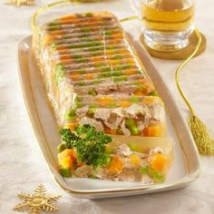 Aspic de curcan cu legume Fresh Rolls, Food And Drink, Mexican, Dinner, Cooking, Breakfast, Ethnic Recipes, Cook Books, Dukan Diet