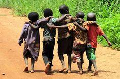 A Bunch of Best Buds --- Zambia © TearFund