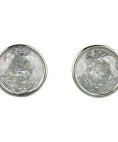 Michael Kors Collection Brilliance Crystal Earring Studs #accessories  #jewelry  #earrings  https://www.heeyy.com/suggests/michael-kors-collection-brilliance-crystal-earring-studs-silver-clear/