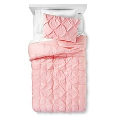 The Pillowfort Twin Pinch Pleat Comforter Set looks as beautifully comfortable as it feels. This kids' bedding set includes 1 pillow sham and a twin comforter. The comforter set is machine washable, and the elegant styling can dress up a bedroom.