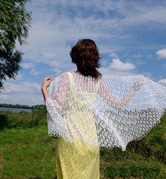 White linen knit shawl for summer wedding Lace cover up Ladies | Etsy Wedding Shawl, Boho Wedding, Summer Wedding, Wedding Gifts For Bride, Bride Gifts, Open Dress, Romantic Woman, Evening Shawls, Crochet Wedding