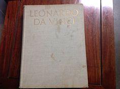 Leonardo da Vinci by REYNAL & COMAPNY. http://smile.amazon.com/dp/B000HESOSO/ref=cm_sw_r_pi_dp_wHOxwb0K0PVQ9
