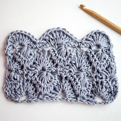 How to crochet the Starburst stitch This is a great site! Lots of patterns for the avid crocheter.
