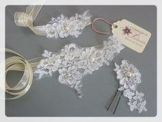 Bijoux de mariage et accessoires en dentelle - Bridal lace jewelry and accessories.