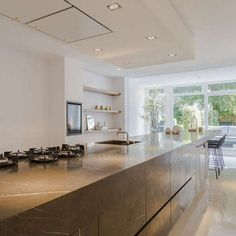 Luxe. Imposant. Privacy. 325 m²