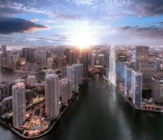 Aston Martin, Miami Skyline, New York Skyline, Miami Residence, Downtown Miami, Bathroom Images, Out Of The Closet, Waterfront Property, Miami Beach