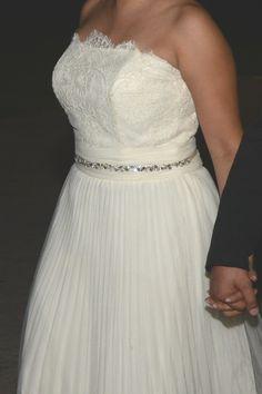 ¡Nuevo vestido publicado!  Pronovias - T6-8 ¡por sólo $4500! ¡Ahorra un 44%!   http://www.weddalia.com/mx/tienda-vender-vestido-de-novia/pronovias-t6-8-4/ #VestidosDeNovia vía www.weddalia.com/mx