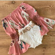 Yes or not?🌹 Melhor insta feminino de look 👇🏻 @lojastopdobras  @lojastopdobras @lojastopdobras Teenage Girl Outfits, Cute Casual Outfits, Swag Outfits, Mode Outfits, Cute Summer Outfits, Outfits For Teens, Pretty Outfits, Stylish Outfits, Girls Fashion Clothes