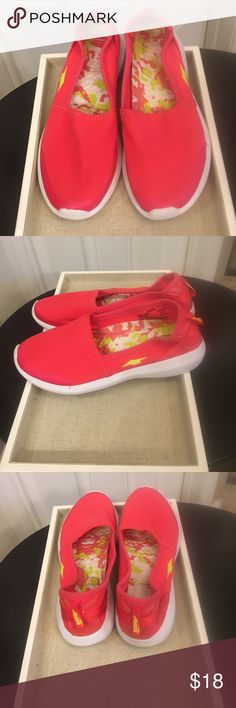 AVIA water shoes These AVIA Water Shoes are Great for the pool or walking on the Beach & especially at The WATERPARK!! Super cute in Hot Pink & Yellow. Never worn! 🌊☀️NWOT/no box Avia Shoes Flats & Loafers