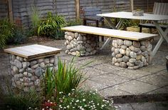 More easy garden projects with stones garden gabion ideas stone garden bench stone garden bench for Diy Garden Furniture, Diy Outdoor Furniture, Diy Garden Projects, Outdoor Decor, Furniture Ideas, Garden Ideas, Outdoor Seating, Fairy Furniture, Furniture Cleaning