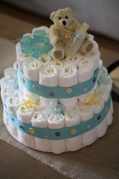 """Cute as a Button"" Diaper Cake - #BabyShower"
