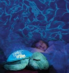 Cloud B's Tranquil Turtle, projects a magical rippling underwater effect on the walls and ceiling and transforms your room into a peaceful and comforting sleep spa.