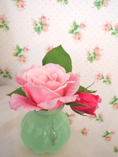 Lovely roses. Love that wallpaper too! @Sarah Chintomby Chintomby Chintomby Chintomby Mandell White Sweet Violet