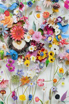 Flower constructions Anne Ten Donkelaar collage, stalks, dried flowers on pins Collage Kunst, Art Du Collage, Flower Collage, Art Collages, Art Floral, Dried Flowers, Paper Flowers, Belle Image Nature, Arte Fashion