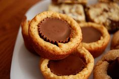 Omas Desserts: Reese& Peanut Butter Cup Cookies - Food and drinks - Peanut Butter Cups, Cookie Recipes, Dessert Recipes, Yummy Recipes, Baking Recipes, Brownies, Delicious Desserts, Yummy Food, Fancy Desserts