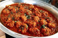 Albondigas in Tomatensauce von SpottedDrum Empanadas, Sauce Recipes, Curry, Meal Prep, Food Porn, Meals, Ethnic Recipes, Lisa, Blog