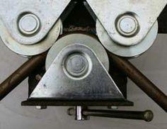 La construction détaillée d'une cintreuse de tubes, puissante et économique, pour se fabriquer sa fourche ou son cadre de vélo en acier.