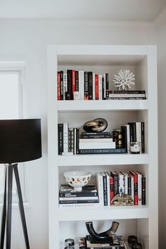 how to style your bookshelf #homedecor