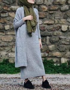 to the rightful owner More / visualartsphoto. Modern Hijab Fashion, Street Hijab Fashion, Muslim Women Fashion, Islamic Fashion, Abaya Fashion, Modest Fashion, Fashion Outfits, Hijab Casual, Hijab Outfit
