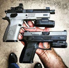 Save those thumbs Military Women, Military Guns, Weapons Guns, Guns And Ammo, Shotguns, Firearms, Cz P07, 9mm Pistol, Best Duos