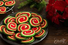 10 Christmas Cookies :: Home Cooking Adventure Fruit Cookies, Yummy Cookies, Sugar Cookies, Christmas Biscuits, Christmas Baking, Christmas Recipes, Homemade Croissants, Chocolate Swirl, Delicious Cookie Recipes