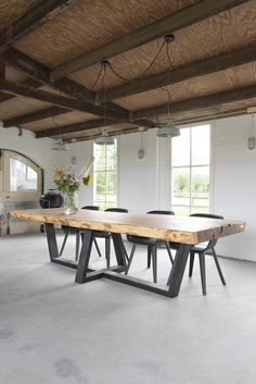 Pin on dinning table Dinner Tables Furniture, Diy Dining Room Table, Wooden Dining Tables, Oak Table, Dining Room Design, Home Furniture, Furniture Design, Esstisch Design, Beautiful Dining Rooms