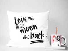 KISSEN I love you to the moon and back TYPO von glücksschauer auf DaWanda.com