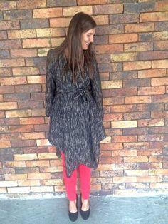 #colección#ElenaUrrutia#pantalon#rojo#abrigo#colores#blanco#gris#negro