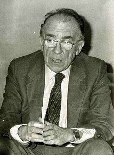Santiago Carrillo en enero de 1983.