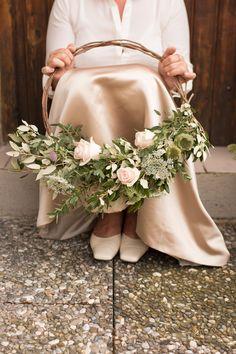 Trend 2017 für euren Brautstrauß: Hoop Bouquets | Hochzeitsblog The Little Wedding Corner