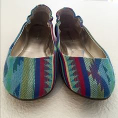 """COLORFUL 🎨  Woven Fabric Flats Woven fabric uppers, man made lowers. Loved them...but just a bit tight in the toes for me. Worn only a few times. They seemed to run small. I measured inside of shoe from tip of toe to heel and it measures 9 1/2"""". Shoe says 7 1/2, but I think it's more of a 6 1/2 or possibly 7. Mossimo Supply Co Shoes Flats & Loafers"""
