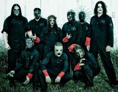 SLIPKNOT!!! Love this band!!!!!!