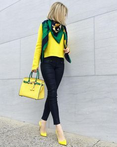 Women's Fashion Tips .Women's Fashion Tips Classy Outfits, Chic Outfits, Spring Outfits, Looks Chic, Casual Looks, Barbie Mode, Sweaters And Jeans, Yellow Fashion, Color Fashion
