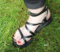 Custom Handmade VEGAN SKAY Sandals strappy by DarkSideofNorway