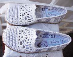 (4) Name: 'Crocheting : Lace and Stripe basic slipper pattern