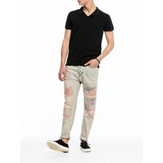 Discover the latest trends in fashion, clothing and accessories. Shop the best outfits for this season at our Official Scotch & Soda webstore. Khaki Pants, Men's Pants, Couture Outfits, Latest Fashion Trends, Cool Outfits, Sweatpants, Mens Fashion, Jeans, Shopping