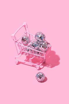 disco divas only pls Pastel Pink, Pastel Colors, Colours, Pink Love, Pretty In Pink, Vaporwave, Foto Fashion, Arte Pop, Monochrom