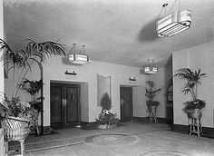 The foyer Odeon High Street Sittingbourne Kent Streamline Moderne, Theatres, Train Station, My World, Foyer, 1930s, Past, Art Deco, Cinema