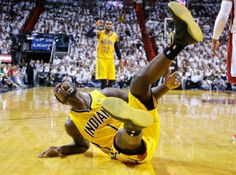 Lance Stephenson, because did I mention crazy is good? Basketball Playoffs, Nba Playoffs, Nhl, Soccer, High Top Basketball Shoes, Basketball Court, San Francisco Basketball, Lance Stephenson, Gonzaga Basketball