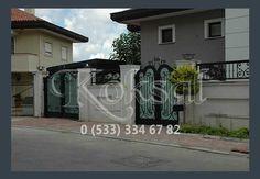 Demir Garaj Kapıları