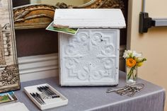 ♥ vintage mailbox for postcard guestbook