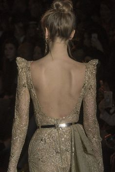 Zuhair Murad Spring 2017 Couture Fashion Show Details Zuhair Murad, Style Couture, Couture Fashion, Fashion News, Fashion Show, Fashion Design, Beige Aesthetic, Madame, Sequin Dress