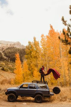 camp - Roadtrip & Backpacking ☾ - Camping World Visit California, California Travel, Sequoia California, Camping Places, Camping Life, Camping Packing, Jeep Camping, Off Road Adventure, Adventure Is Out There