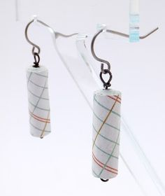 Aggregate Memories: Tutorial Crazy..... Paper Earrings.