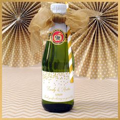 A complete guide to making labels for mini Martinelli's sparkling cider bottles. How to choose labels that fit these popular bottles and turn them into custom party favors. Mini Champagne Bottles, Champagne Label, Mini Bottles, Garden Party Favors, Party Favors For Adults, Party Labels, Wedding Labels, Candy Themed Party, Party Themes