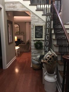 Great Stylish 41 Beautiful Rustic Entryway Decor Ideas – All About Home Decoration Rustic Entryway, Entryway Decor, Entrance Decor, Entry Foyer, Stair Decor, Living Room Entrance Ideas, Split Foyer Entry, Front Entry Decor, Stair Landing Decor