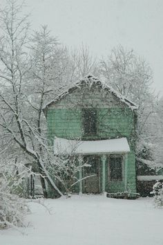 Abandoned House in Winter, Vienna