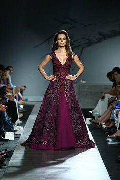kangana_ranaut_showstopper_manav_gangwani_autumn-winter_2015_runway_collection_couture_indian_amazon-india_fashion_week_purple_gown_designer